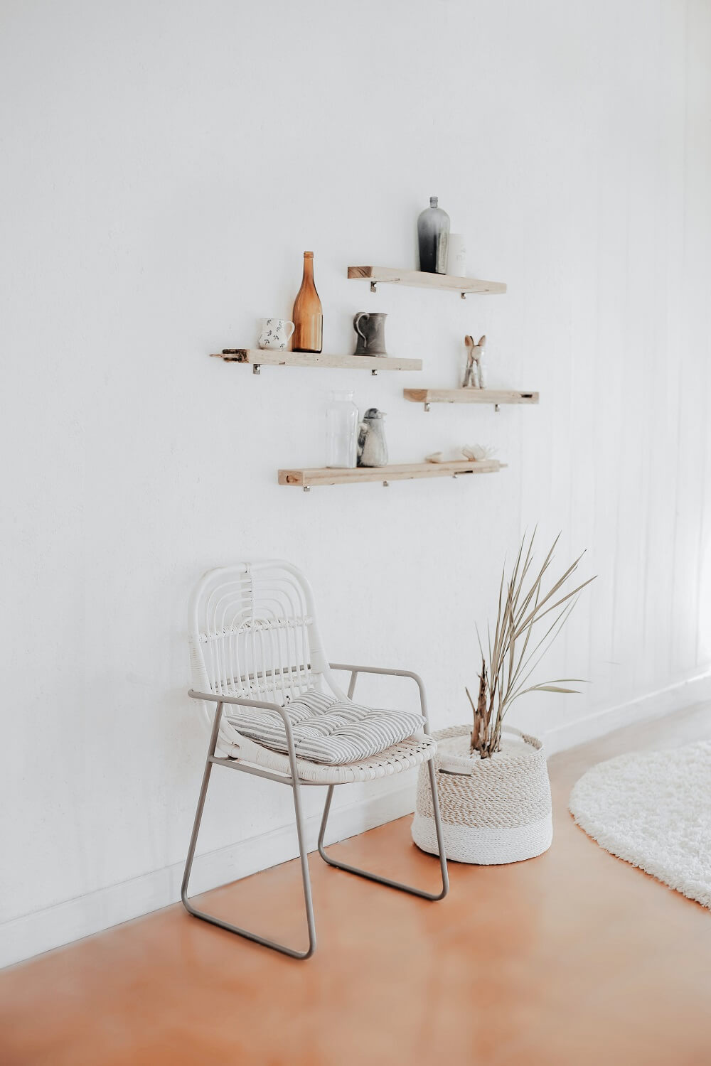minimalist interior and real estate photography