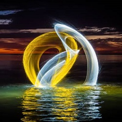 light painting photography thumbnail